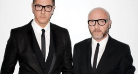 Support Dolce and Gabbana against Elton John's attacks